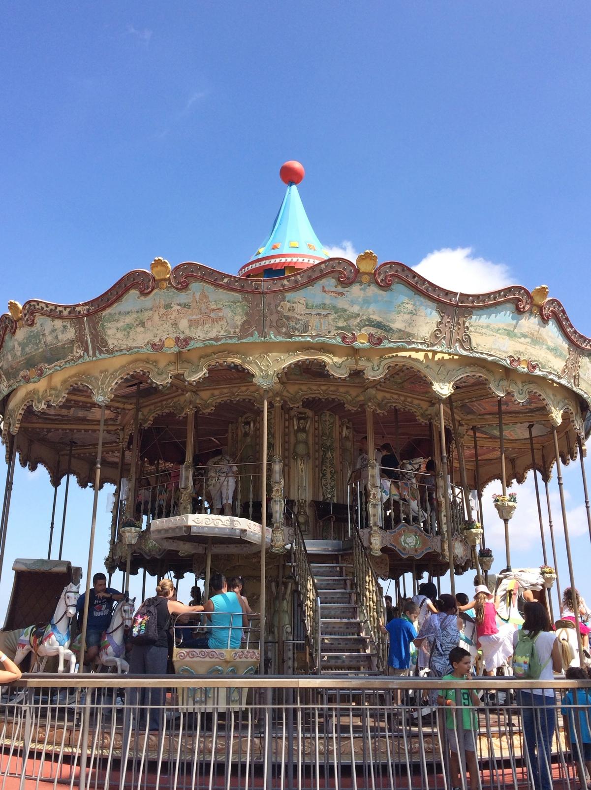Carousel-Tibidabo-barcelona