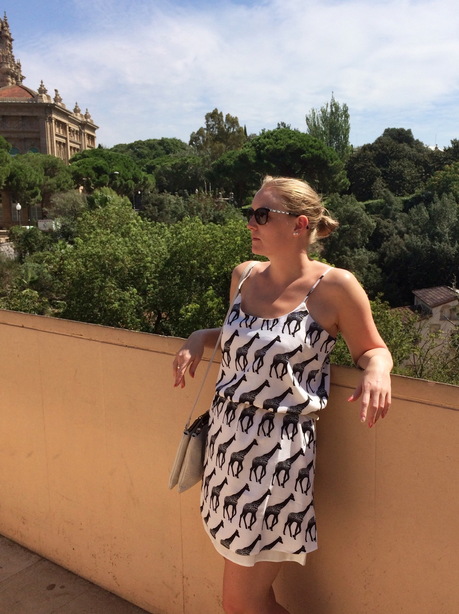 Barcelona-MNAC-lavish-Alice-giraffe