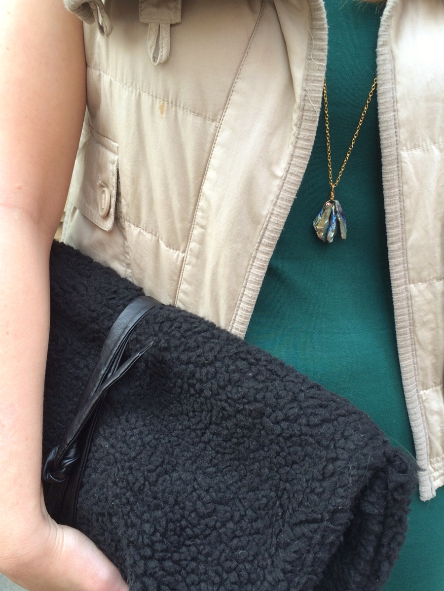 Diy-sheepskin-clutch