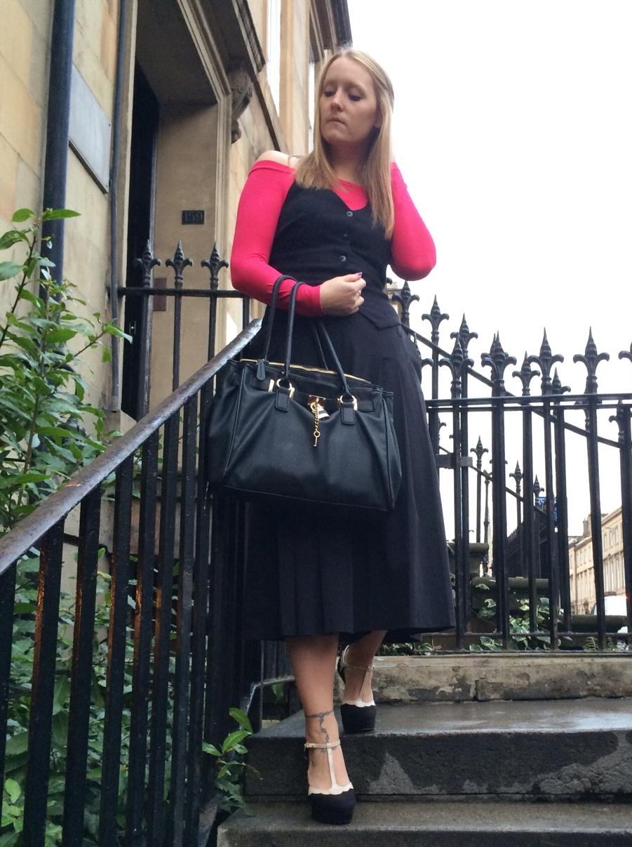 Off-shoulder-pink-culottes-Glasgow