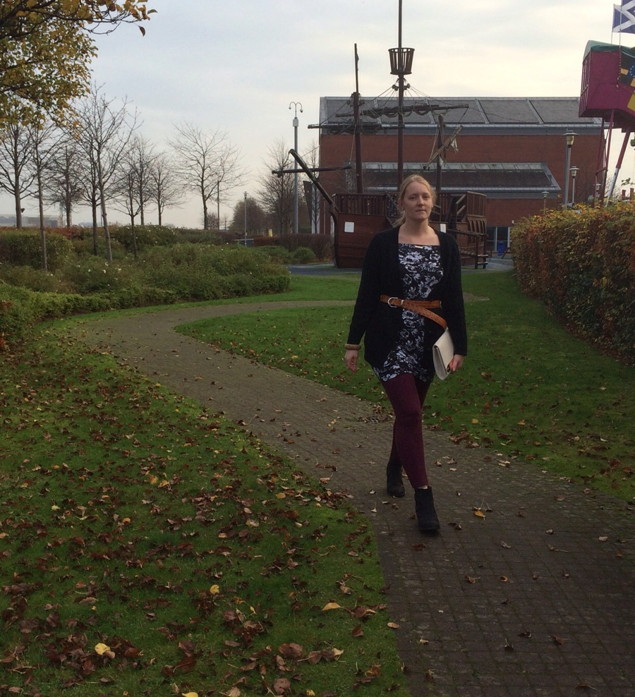 Autumnal-floral-belted-ootd
