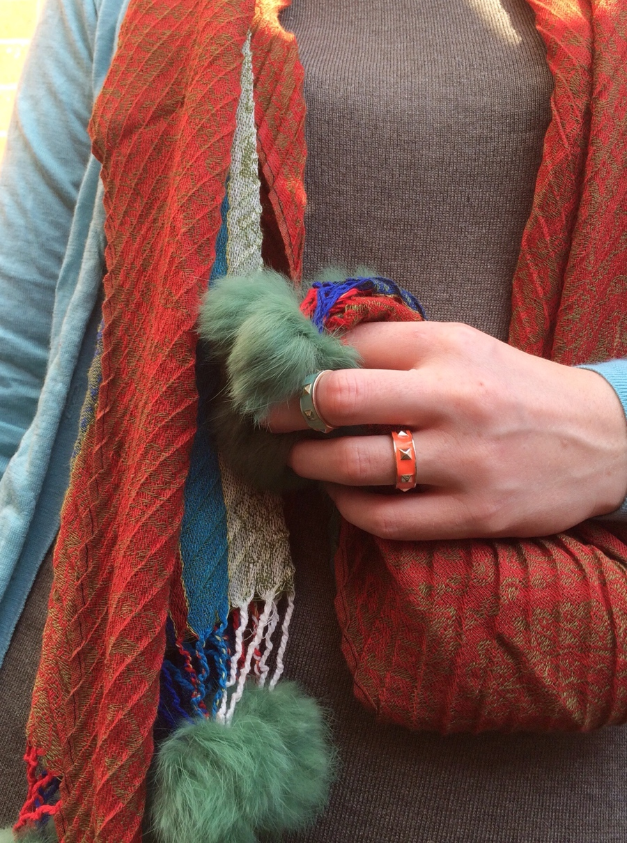 Faux-fur-pompom-multi-rings