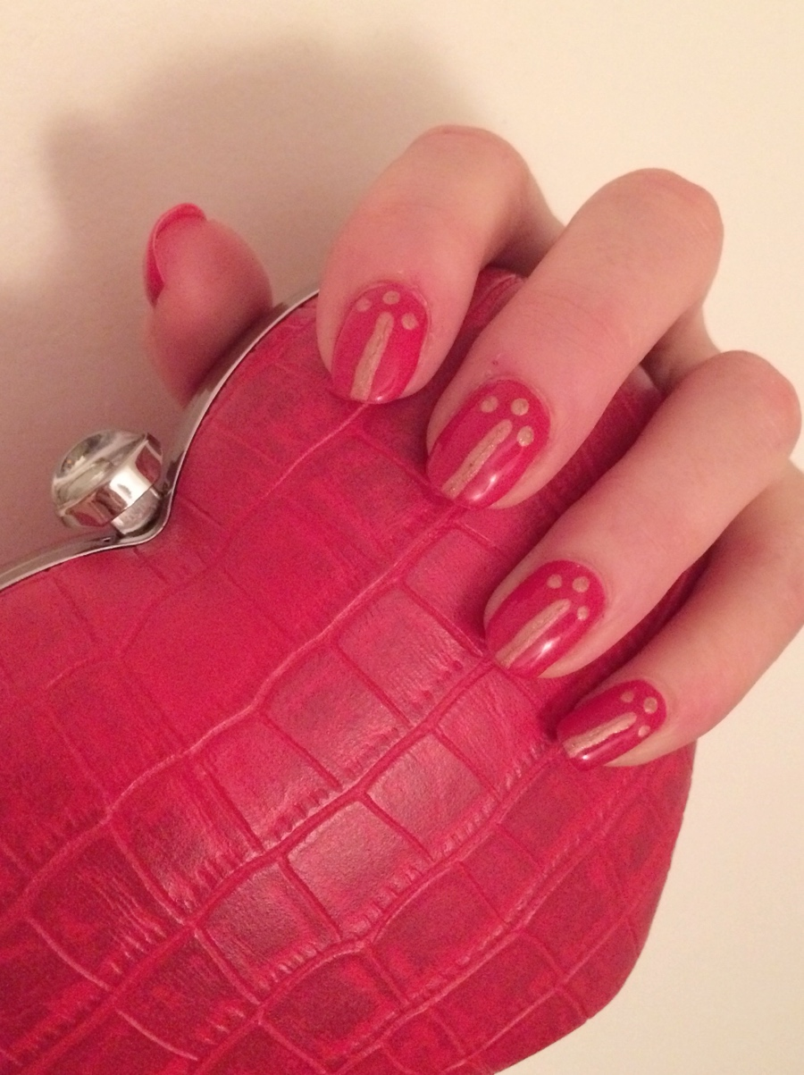 Red-gold-nail-art