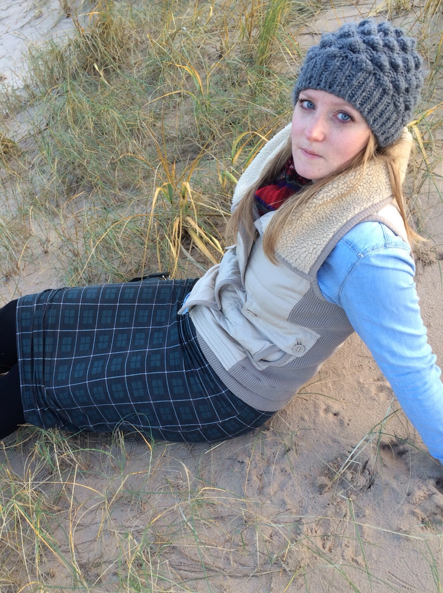 Winter-beach-ootd-tartan-denim-shirt