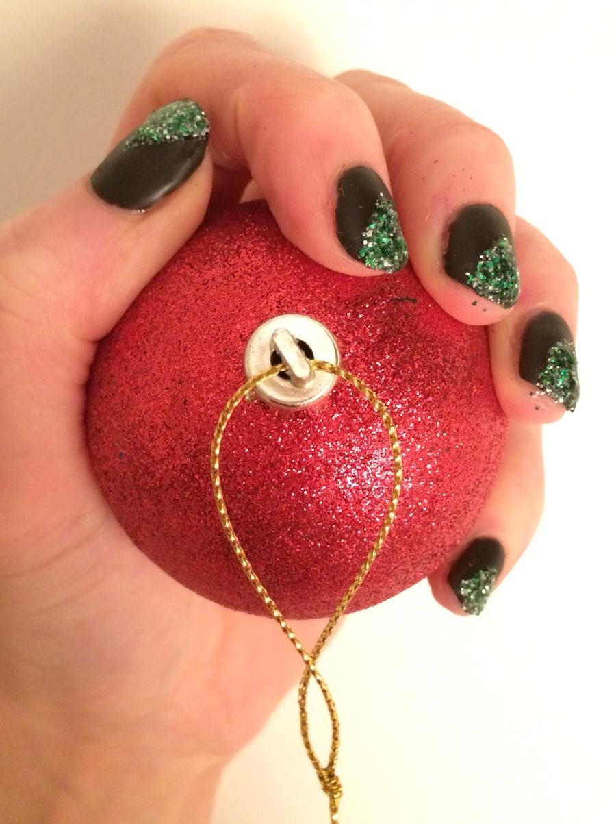 Christmas-tree-glitter-matt-top-coat