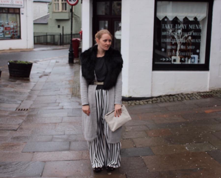 Monochrome-faux-fur-studs-winter-outfit