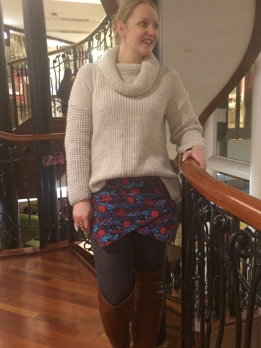 Winter-outfit-floral-knit-layers