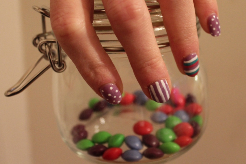 Candy-coloured-stripe-dotted-nail-art