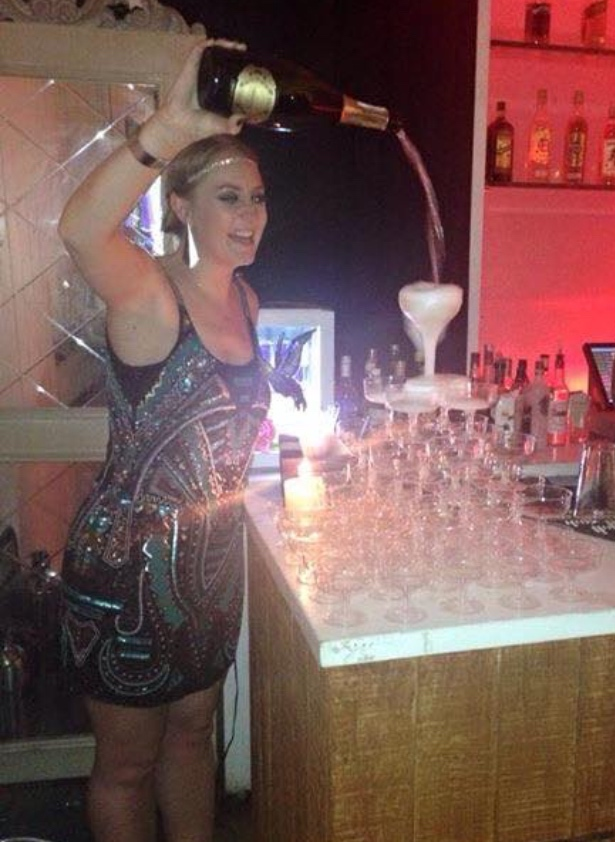 Champagne-fountain-roaring-twenties-party-Glasgow
