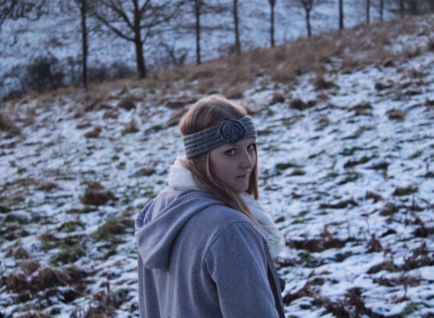 Grey-wool-headband-hoodie-layers-Glasgow