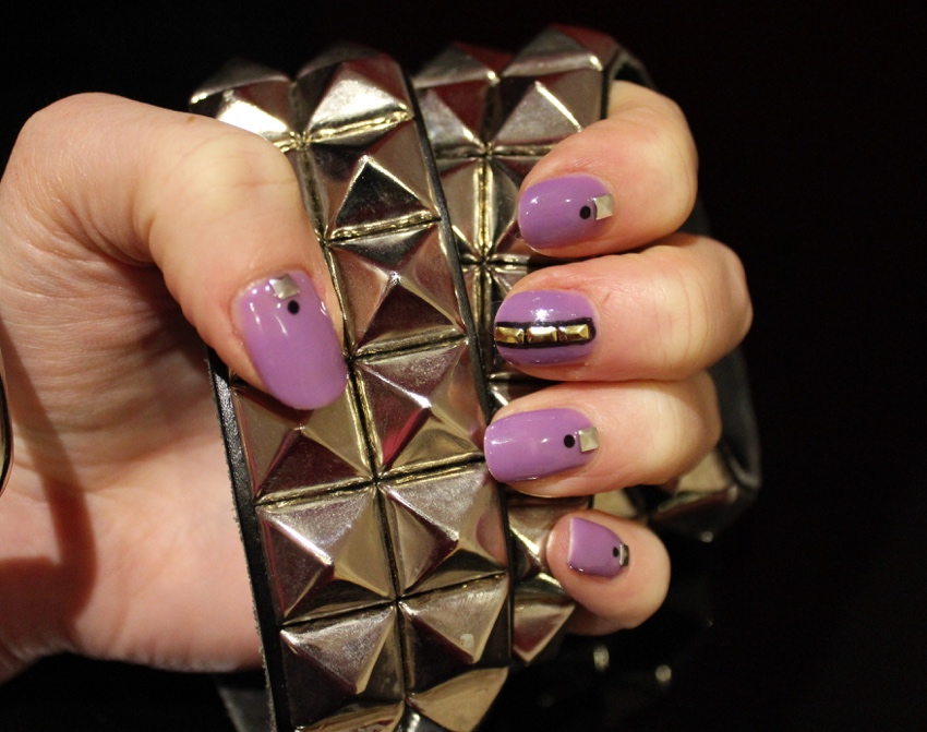 Lilac-studded-nail-art