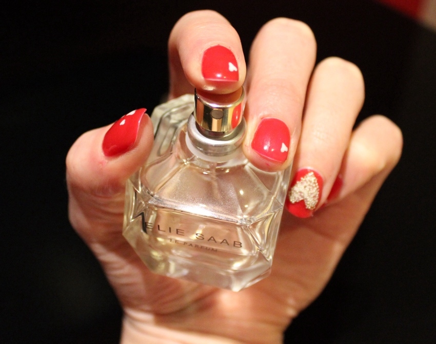 Red-caviar-heart-nail-art-tutorial