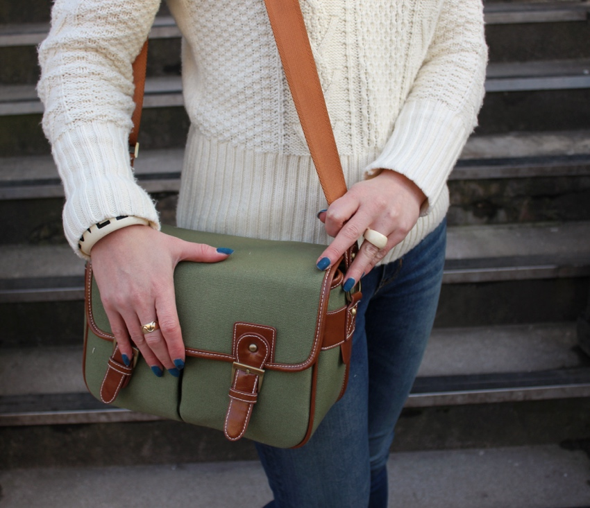 Satchel-style-camera-bag-street-style