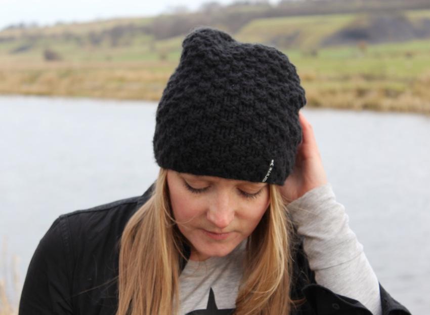 Street-style-glasgow-canal-beanie-hat