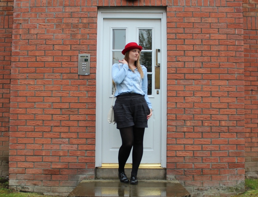 Third-piece-red-H&M-hat-streets-style