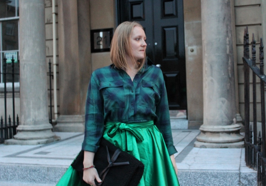 Green-outfit-DIY-full-skirt-tartan-shirt