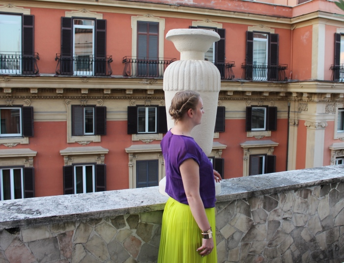 Chartreuse-flares-Roman-holiday-ootd