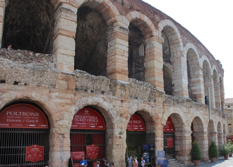 Verona-city-guide-arena