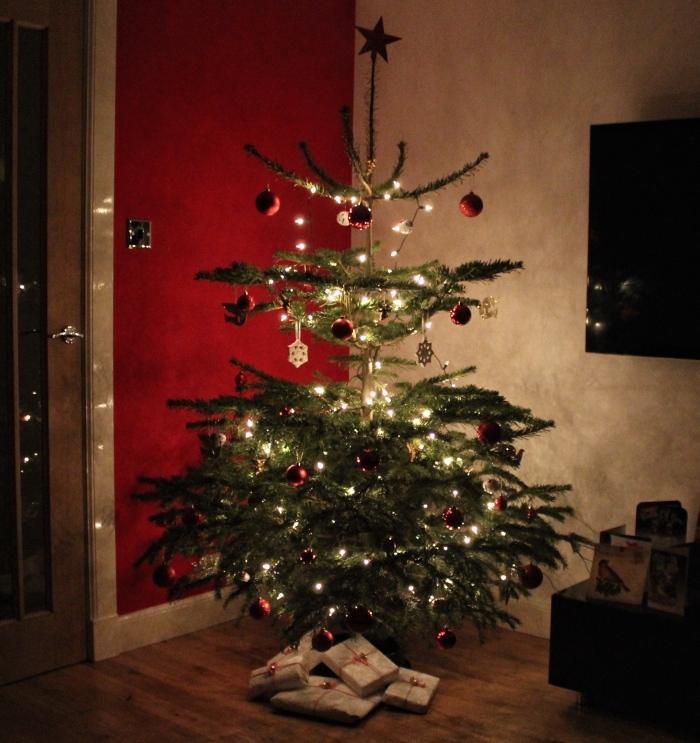 Christmas-tree-presents-lifestyle-blog