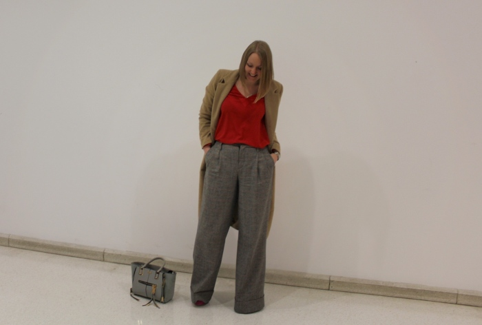 Long-flares-workwear-outfit