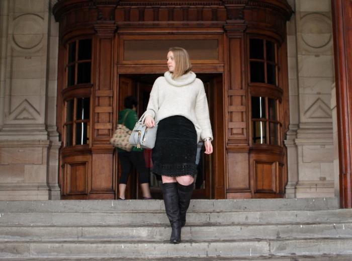 Vintage-suede-skirt-OTK-boots-oversized-sweater
