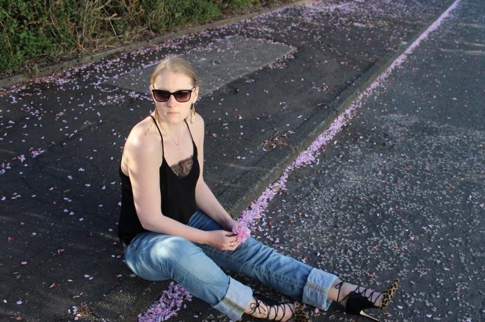 Leopard-high-heels-lace-jeans-street-style