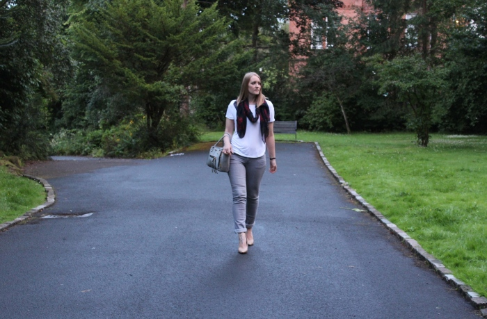 Grey-jeans-simple-street-style-Glasgow-blog