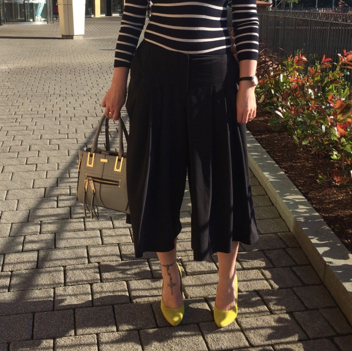 Striped-bodysuit-culottes-street-style-living-in-a-Boxx