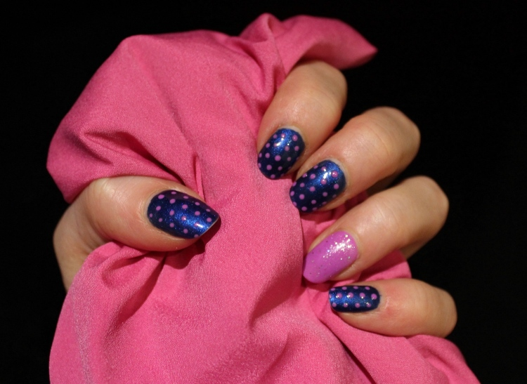 Living-in-a-Boxx-Polka-Dots-blue-pink-nail-art-tutorial