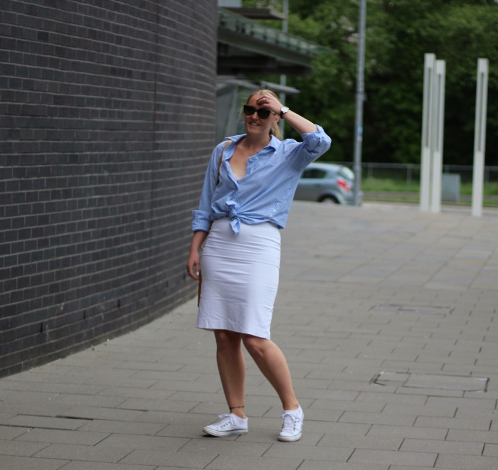 living-in-a-boxx-white-pencil-skirt-blue-white-stripe-shirt