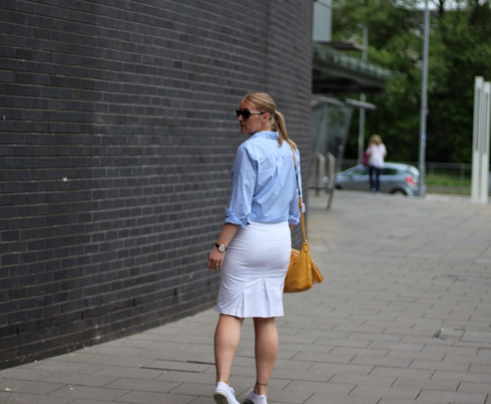 living-in-a-boxx-pencil-skirt-blue-white-striped-shirt